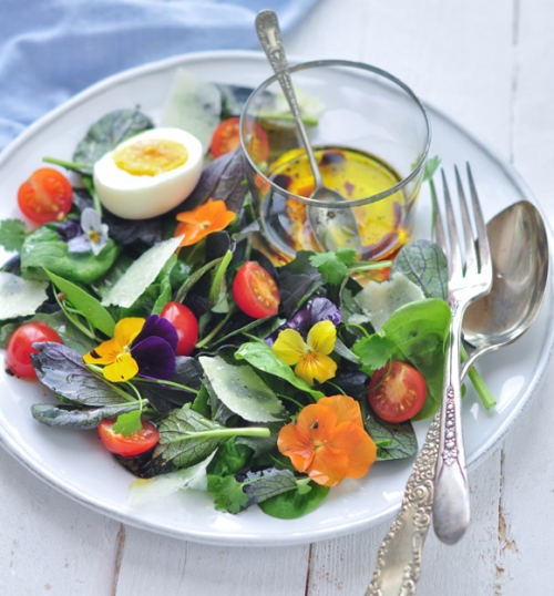microleave-and-edible-flower-salad-2.jpg