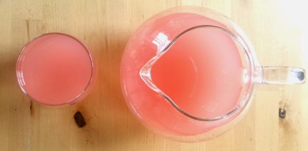 Rhubarb-wate.jpg