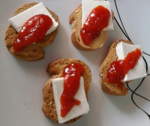 Mermelada-de-pimientos-con-queso-e1346268369996.jpg