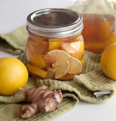 lemon-honey-and-ginger-soother-for-colds-and-sore-throats-final-600.jpg